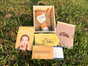 Review: St. Ives Energizing Coconut & Coffee Scrub