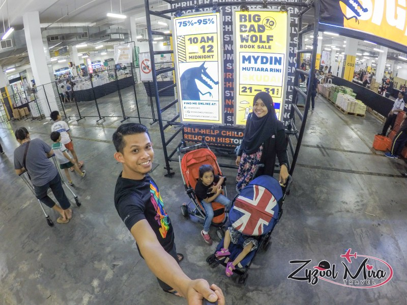Malaysian Family Travel Big Bad Wolf