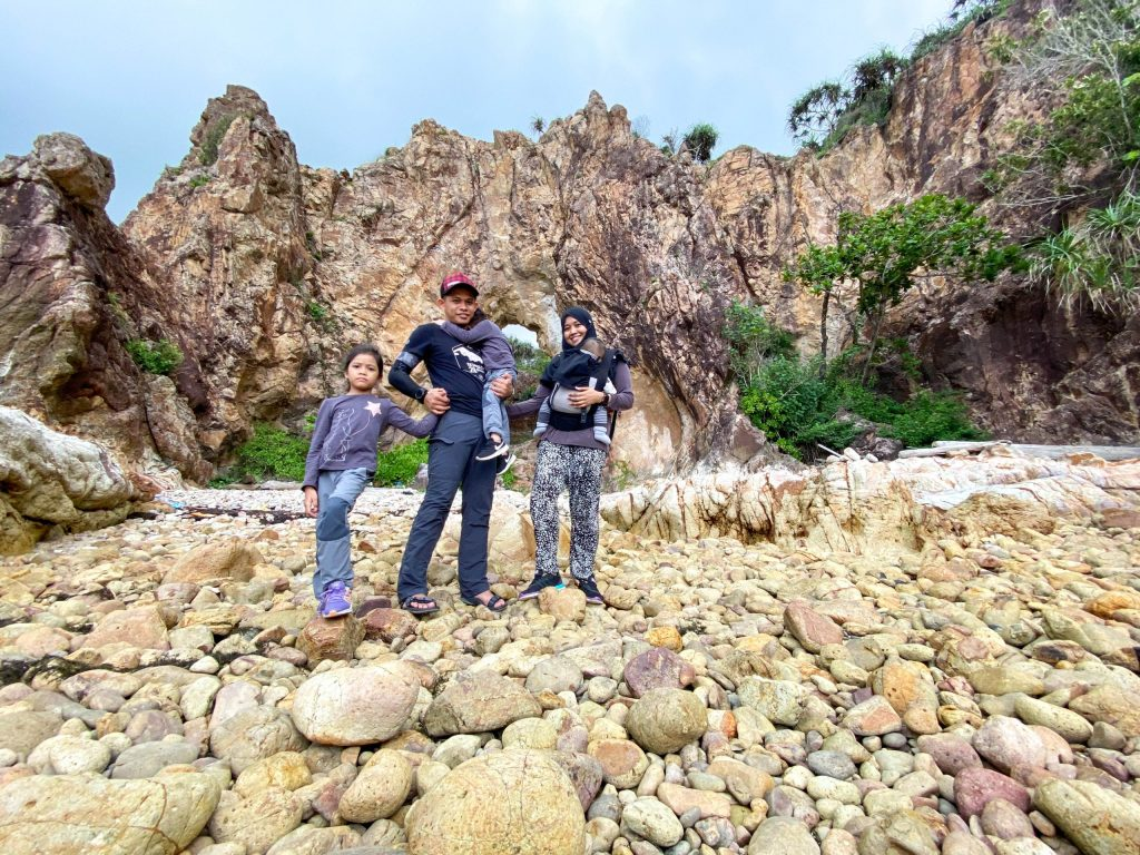 Malaysian Family Travel Pulau Mawar