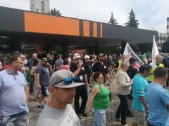 Manifestacja przed KWK Pniówek – sukces Jedności